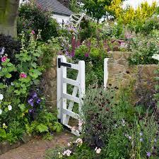 designing a cottage garden