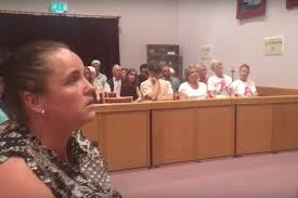Romany Gypsy challenges Prime Minister at election hustings (video)