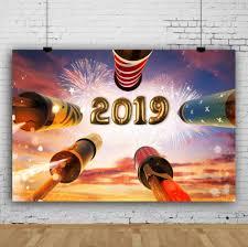 خلفيات تصوير Laeacco موديل سنة جديدة سعيدة 2019 مصباح ألعاب نارية