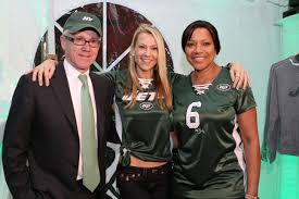 Suzanne Johnson Tackles Jets Apparel Aimed Towards Women   New York Gossip  Gal   by Roz