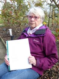 Enid Smith finds stillborn daughter's grave after 57-year wait ...