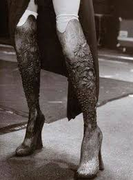 Alexander McQueen's prosthesis for Aimee Mullins | Download ...