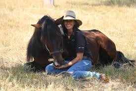 Janette Stewart with Noble Comrade - ABC News (Australian Broadcasting  Corporation)