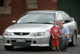 used holden commodore review 2002 2004
