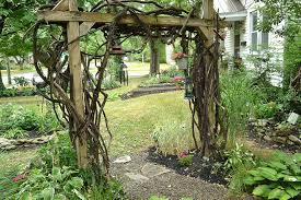 Too Shady For Grass Hamburg Yard Is Filled With Gardens Paths Curios Buffalo Niagaragardening Com