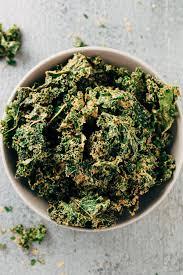 dehydrated raw vegan y kale chips
