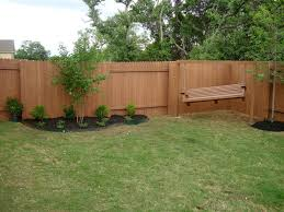 Basic Wood Fence Designs Some Helpful Cheap Backyard Fence Ideas Using The Recycle Material For The Adorable Yet Woodsinfo