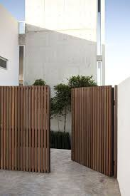 Casa Real Del Mar By Gracias Studio Homedsgn Fence Design Wooden Gates Driveway Privacy Fence Designs