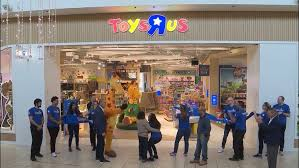 toys r us makes eback reopens first