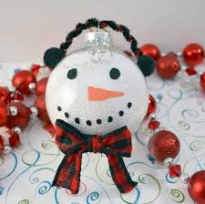 using clear plastic ball fillable ornaments