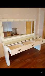 makeup vanity mirror with lights table