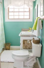 ideas to decorate small bathrooms