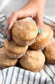 cinnamon sugar donut ins the