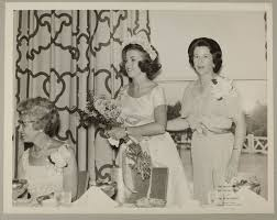 Phi Mu Digital History   Adele Williamson with Patsy Edenfield at Carnation  Banquet Photograph, July 3-7, 1964