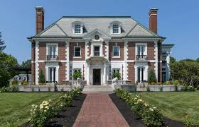 a grand show house new hshire home