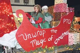 Lit up for Christmas - Jacksonville Journal-Courier