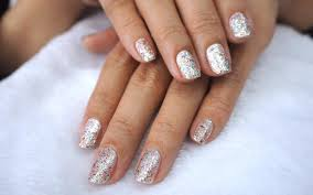 how to safely remove gel nail polish at