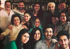 كريشنا راج كابور جدة كارينا كابور و... - ʚϊɞ News Bollywood stars ...