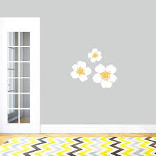 Shop White And Yellow Flowers Printed Vinyl Wall Decals Set Of 3 Overstock 11929105