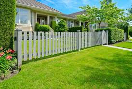 10 Tips To Build A Fence Even The Neighbors Will Love The Money Pit