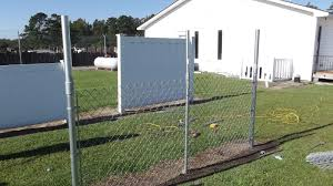 Extend A Fence Chain Link Raise Fence Up To 2 Line Post Kit 1 5 8 Add Height Chain Link Fence Chain Link Fence Cover Fence