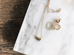 where to dainty gold jewelry