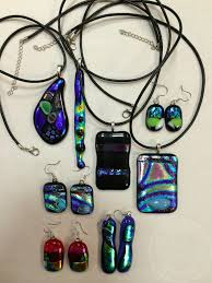 fused glass pendant jewelry making