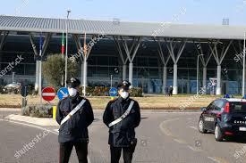 Police on guard hospital Schiavonia near Padova Editorial Stock ...