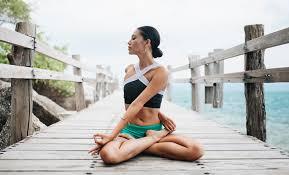 traveling yoga teacher and teach yoga