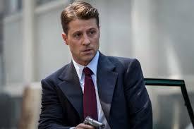 Gotham Season 5 Episode 2 - Ben McKenzie as James Gordon   Tell ...