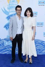 Zooey Deschanel and Jacob Pechenik Split After 4 Years of Marriage |  Entertainment Tonight