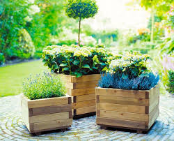 how to make wooden flower boxes out