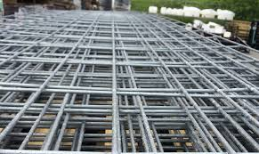 3 Ways To Build A Hog Wire Trellis Modern Farmer