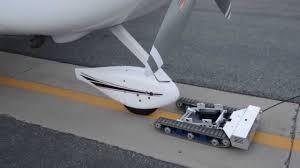 coolest aircraft tug i ve seen pilots