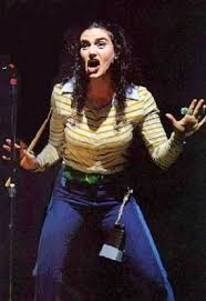 """Idina Menzel as Maureen Johnson in """"RENT"""". (With images) 
