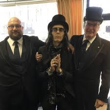 Local Guitar Hero Albie Deluca Says Final Farewell to His Late Mother Ada -  Barnes & Sons (Askew Road) | Funeral Directors Shepherds Bush