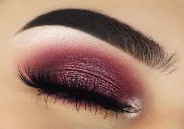 how to define the outer v eyeshadow