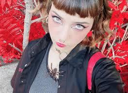 Lo stile alternativo di Anna Lou Castoldi (e delle #AltGirls di TikTok)