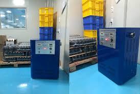 Sát khuẩn phòng thuốc thú y với máy khử mùi công nghiệp DK20