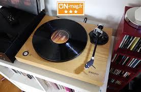 Test Roberts RT100 : un air de rétro pour une platine vinyle ...