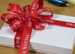 how to gift bow tying personalized