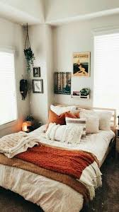 Pin by Adeline Green on Future home!! in 2020   Apartment decor, Apartment  room, Bedroom design