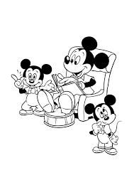 Mickey Mouse Leest Voor Kleurplaten Disney Kleurplaten Mickey