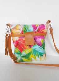 leather cross bag or shoulder bag