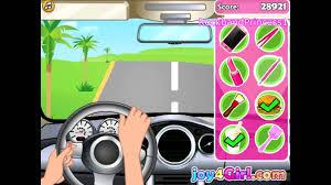 play free barbie car racing game