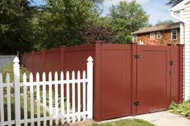 All New Color And Woodgrain Vinyl Fence Welcome To Good Day Fence