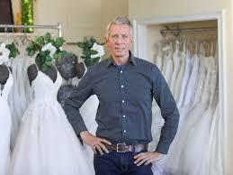 coronavirus puts wedding industry