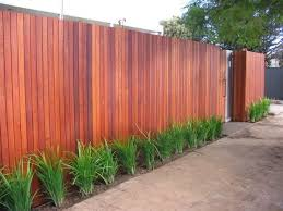 Timber Fencing Design Ideas Get Inspired By Photos Of Timber Fencing From Australian Designers Trade Professionals Fence Design Modern Fence Timber Fencing