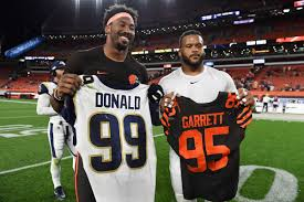 Myles Garrett extension eclipses Aaron Donald in salary for new record -  Turf Show Times
