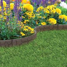 choose from these great lawn edging ideas